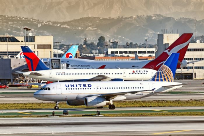 How Are U.S. Airlines Adapting with COVID-19 and Social Distancing
