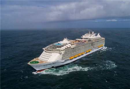Travel Agents Ask Royal Caribbean for Better Earnings On Short Cruises