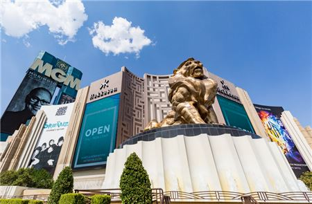 MGM Resorts to Sell Las Vegas Properties, MGM Grand and Mandalay Bay