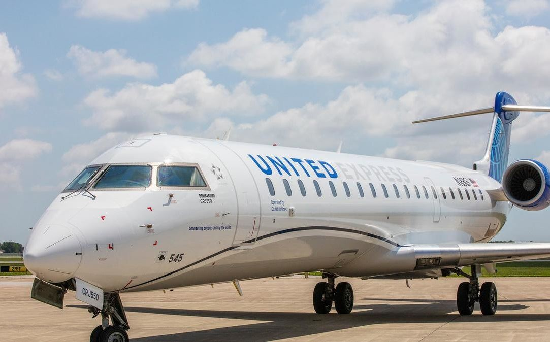 United Airlines Debuts Hourly Shuttle Service Between New York and D.C.