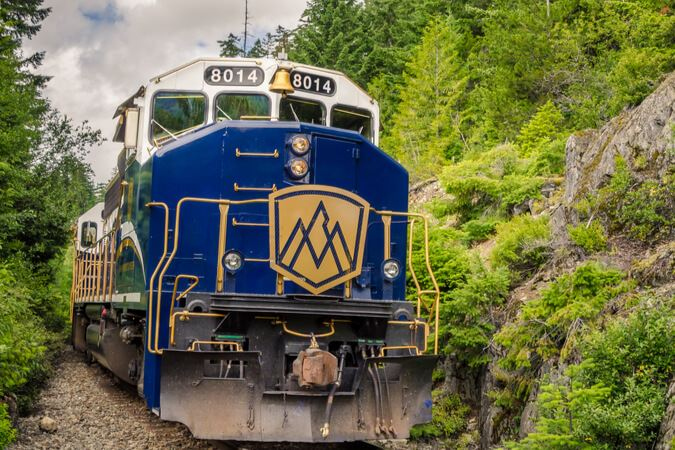 Rocky Mountaineer Suspends Operations Through End of 2020
